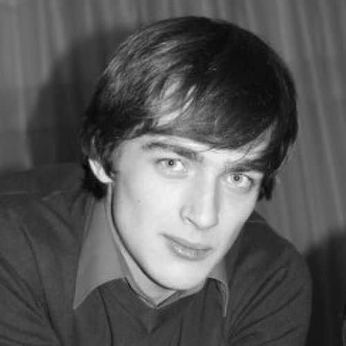 Александр Моисеев