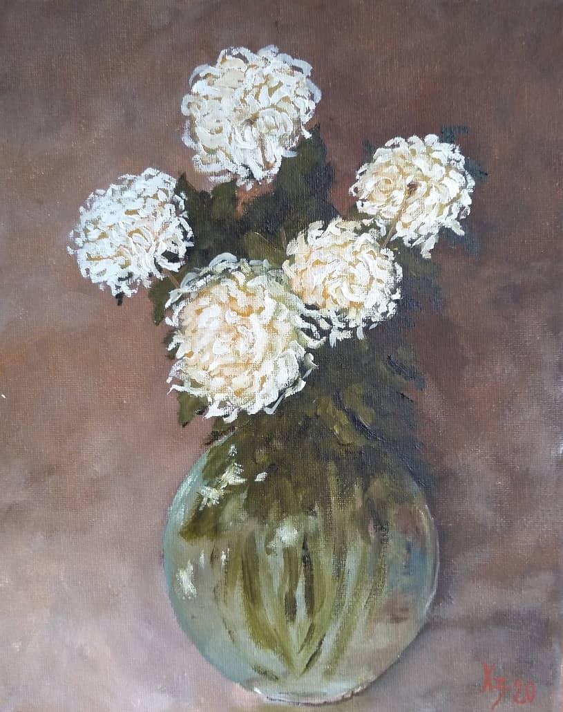 Хризантемы в стеклянной вазе