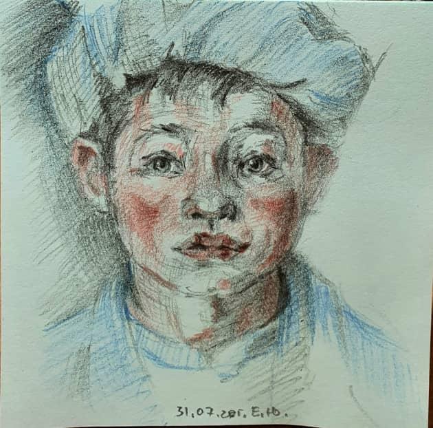 мальчик в шапке