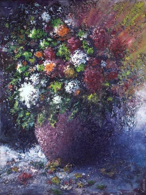 Полевые цветы в глиняном горшке