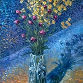 Желтые цветы на синем